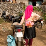 Girl, Motorcycle and Pig, Sà Phìn Market